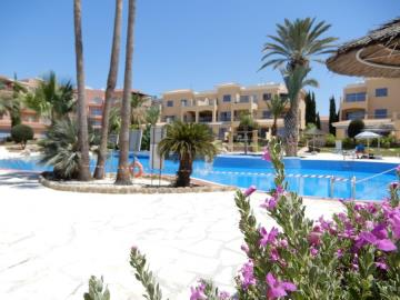 32521-apartment-for-sale-in-kato-pafos-universal-area_full