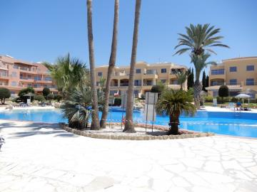 32548-apartment-for-sale-in-kato-pafos-universal-area_full