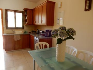 32292-town-house-for-sale-in-peyia_full