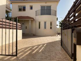 Image No.0-Maison / Villa de 3 chambres à vendre à Xylofagou