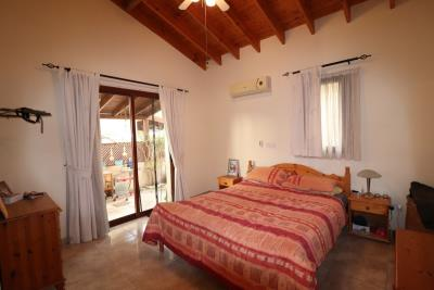 46015-detached-villa-for-sale-in-acheleia_full