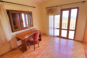 Image No.10-Villa de 4 chambres à vendre à Tsada
