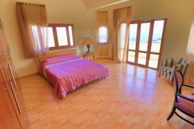 Image No.14-Villa de 4 chambres à vendre à Tsada