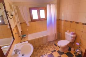 Image No.15-Villa de 4 chambres à vendre à Tsada