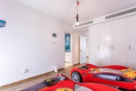 Image No.10-Maison / Villa de 6 chambres à vendre à Agia Fyla