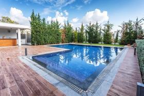 Image No.14-Maison / Villa de 6 chambres à vendre à Agia Fyla
