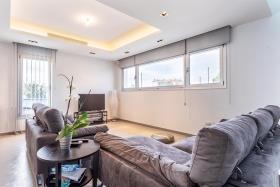 Image No.5-Maison / Villa de 6 chambres à vendre à Agia Fyla