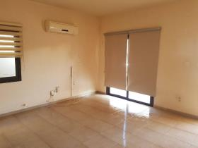 Image No.4-Maison / Villa de 3 chambres à vendre à Aradippou
