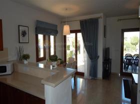 Image No.2-Maison de ville de 3 chambres à vendre à Aphrodite Hills
