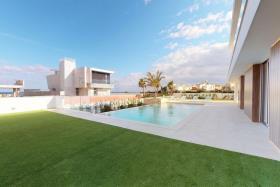 Image No.15-4 Bed Villa for sale