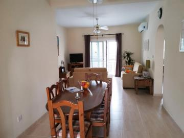 33686-apartment-for-sale-in-kato-pafos-universal-area_full