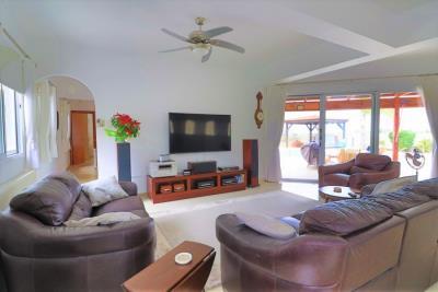 37194-bungalow-for-sale-in-agios-georgios_full