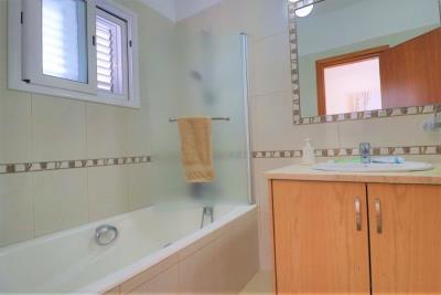 37202-bungalow-for-sale-in-agios-georgios_full