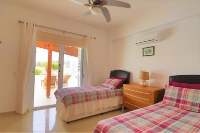 37203-bungalow-for-sale-in-agios-georgios_full