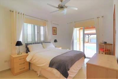 37205-bungalow-for-sale-in-agios-georgios_full