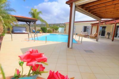 37211-bungalow-for-sale-in-agios-georgios_full