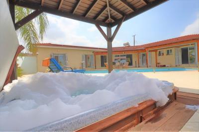 37215-bungalow-for-sale-in-agios-georgios_full