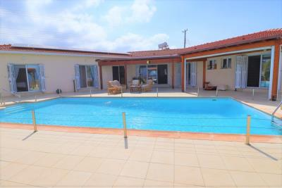 37234-bungalow-for-sale-in-agios-georgios_full