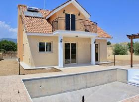 Image No.10-Maison / Villa de 3 chambres à vendre à Moni