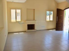 Image No.6-Maison / Villa de 3 chambres à vendre à Moni