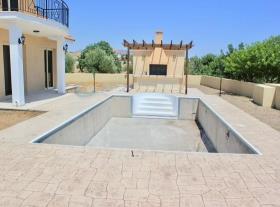 Image No.9-Maison / Villa de 3 chambres à vendre à Moni