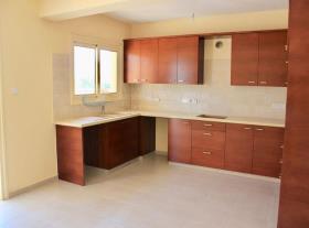 Image No.2-Maison / Villa de 3 chambres à vendre à Moni