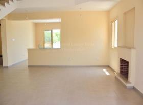 Image No.4-Maison / Villa de 3 chambres à vendre à Moni