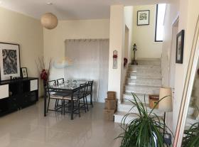 Image No.3-Villa de 4 chambres à vendre à Dekeleia