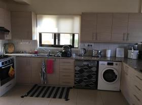 Image No.14-Villa de 4 chambres à vendre à Dekeleia