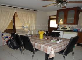Image No.13-Villa de 4 chambres à vendre à Aradippou