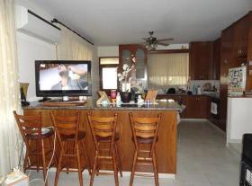 Image No.20-Villa de 4 chambres à vendre à Aradippou