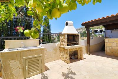 39090-detached-villa-for-sale-in-peyia_full