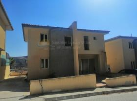 Image No.1-Maison / Villa de 3 chambres à vendre à Marathounda
