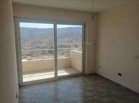 Image No.5-Maison / Villa de 3 chambres à vendre à Marathounda