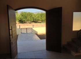 Image No.1-Villa / Détaché de 3 chambres à vendre à Moni