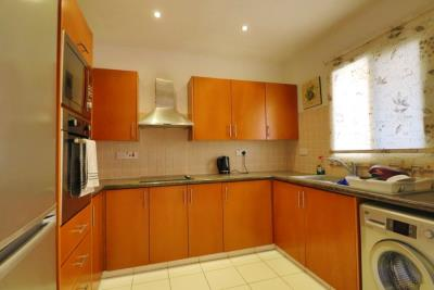 39800-apartment-for-sale-in-kato-pafos-universal-area_full