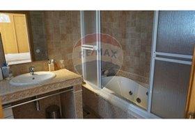 Image No.11-Villa de 4 chambres à vendre à Faro City