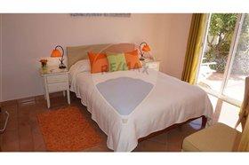 Image No.8-Villa de 4 chambres à vendre à Faro City