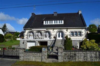 1 - Callac, House