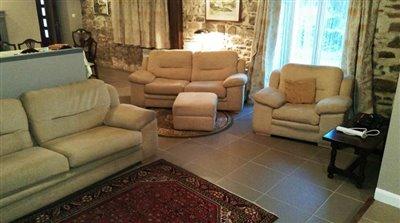 9-14977 Sitting Area