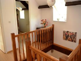 Image No.18-7 Bed House for sale