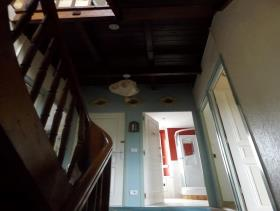 Image No.17-8 Bed House for sale
