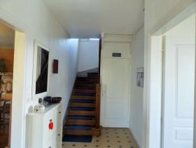 Image No.6-7 Bed House for sale