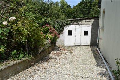 DSC_8606-garage