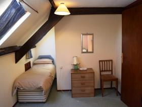 Image No.18-8 Bed House for sale