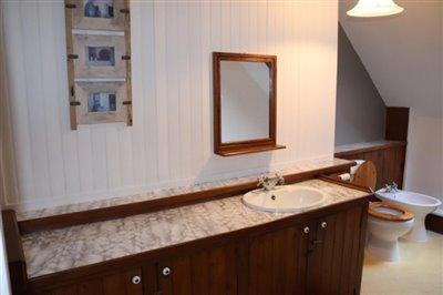 15195-Bathroom-1