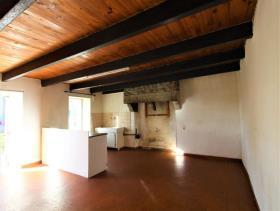 Image No.3-Maison de 2 chambres à vendre à Maël-Pestivien