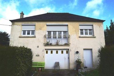 1 - Spézet, House
