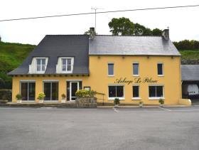 Canihuel, Restaurant