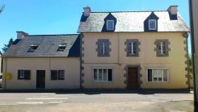 Image No.0-Maison de 8 chambres à vendre à Trébrivan